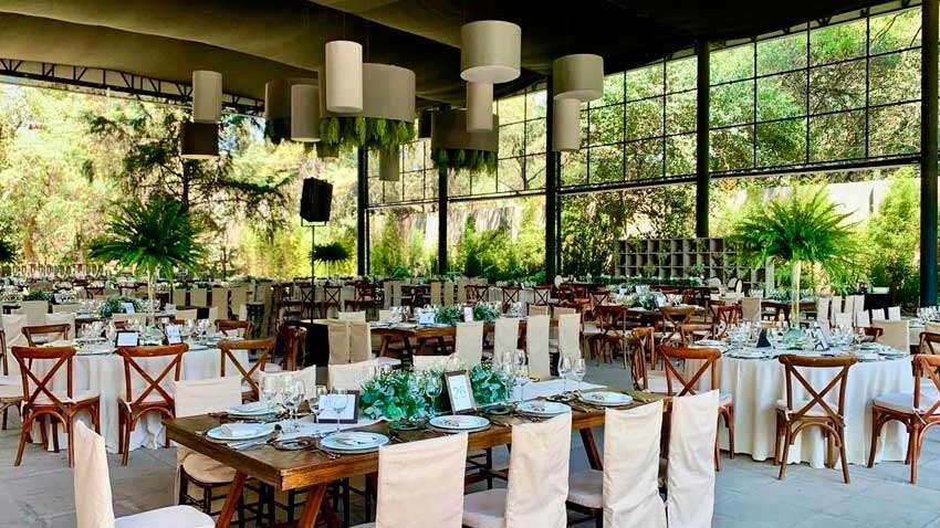 Colaborador KLS Banquetes Escoffier montaje listo para evento